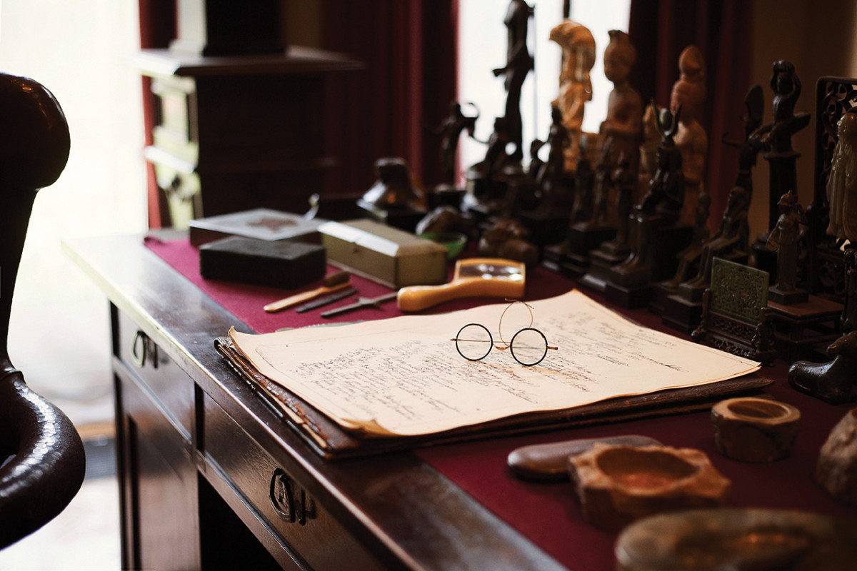 Sigmund Freud's spectacles | museum photography | © Freud Museum London
